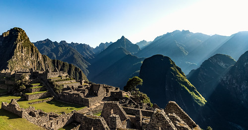 mountains mountain land landscape peru cuzco andes cordilheira tour adventure machupicchu machu picchu downtown sunshine speckled light sky blue