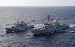 USS Michael Murphy (DDG 112) and FNS Vendemiaire (F734) sail in formation during a PASSEX, Jan. 29. (U.S. Navy/MC3 Jasen MorenoGarcia)