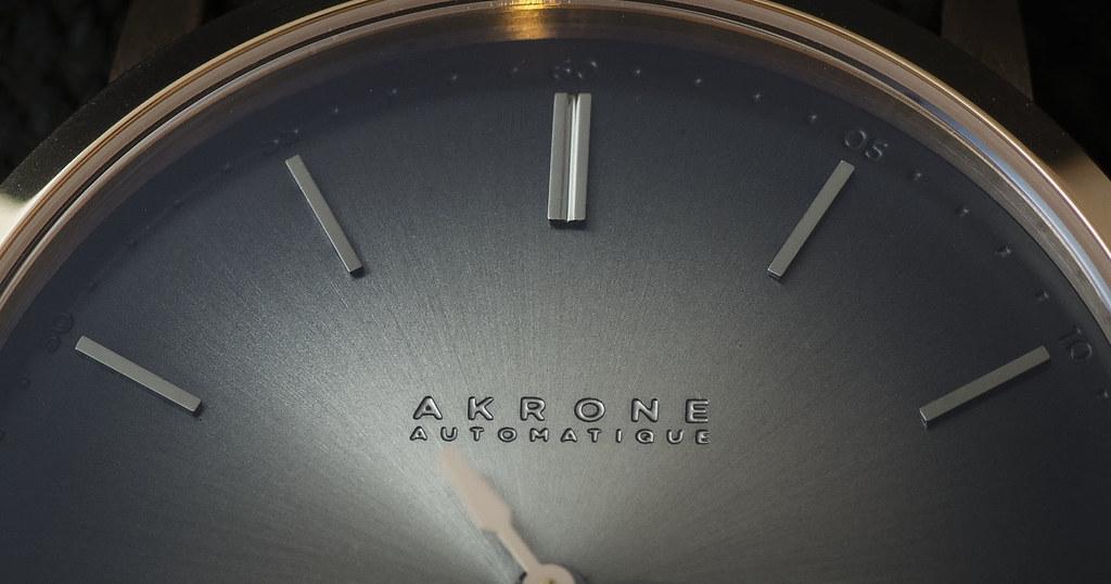 Akrone : des montres, tout simplement 39343591594_bfc2614b03_b