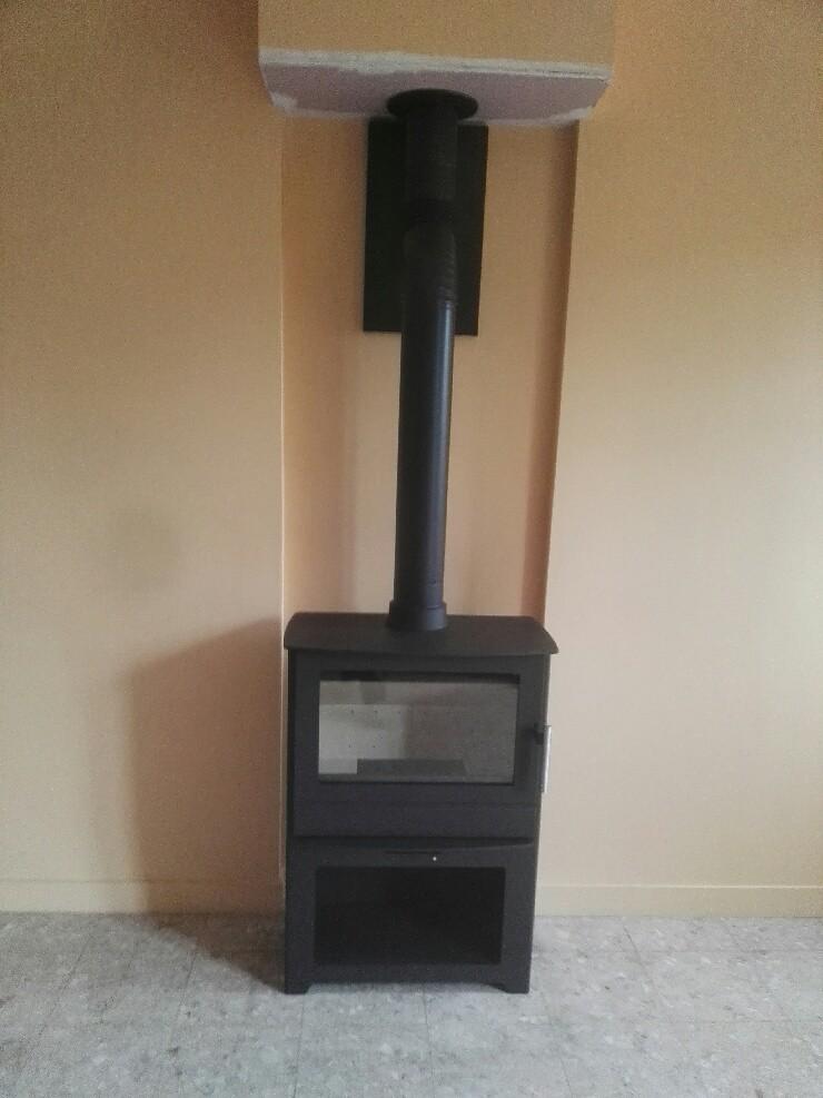 installer un poele a bois dans une maison bbc ventana blog. Black Bedroom Furniture Sets. Home Design Ideas