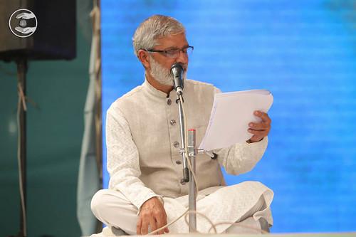Stage Secretary, Prakash Joshi from Mumbai