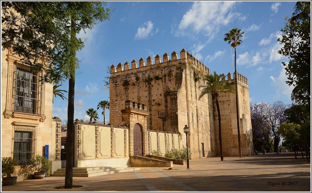 Alcazar. Jerez de la Frontera. | es un conjunto de edificaci… | Flickr