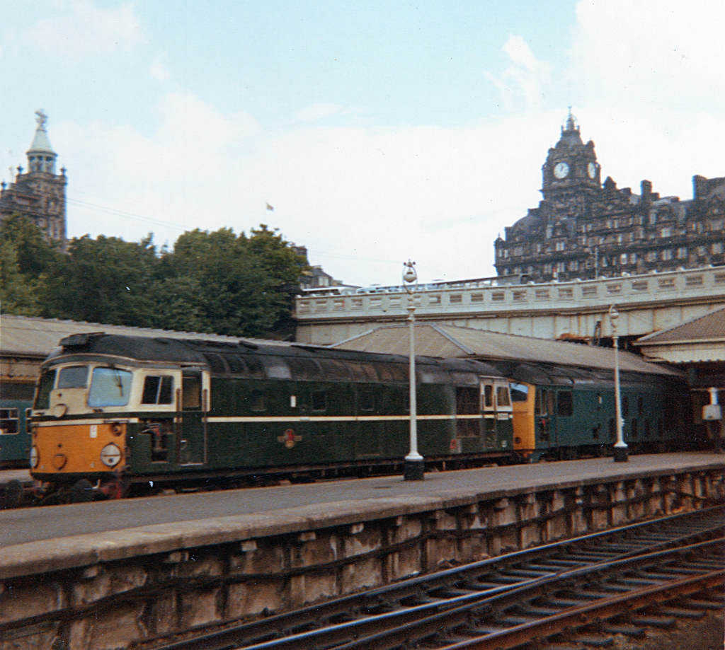 D5333,D5128,Edinburgh Waverley