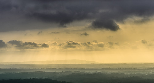 landscapes bussaco buçaco mealhada portugal madeinportugal clouds cloudscape sky skyscape winter sun sunset sundown field nikon