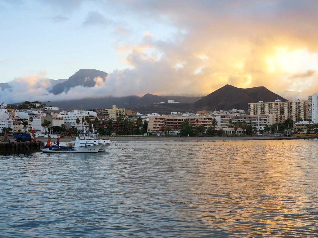 Barco hacia La Gomera