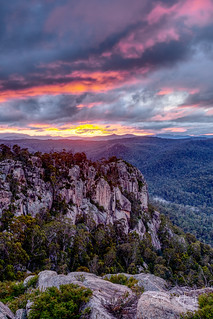 Booroomba Rocks Lookout | by boxyinfinity