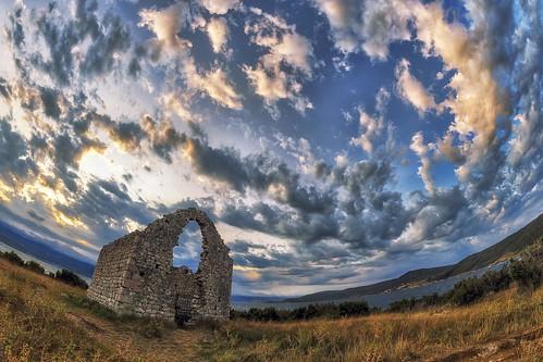 outdoors nopeople noperson clouds morning ruins building church grass sea krk croatia europe nikon nikond750 samyang1228 gazzda hrvojesimich