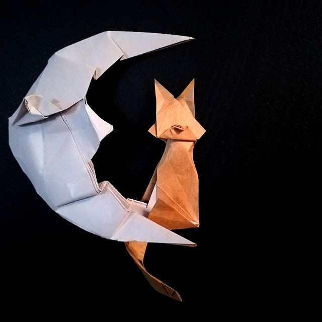 moon - Easy Origami instructions For Kids | 640x640