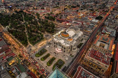 cdmx mexico mexicocity palaciodebellasartes highangleview cityshot cityscape buildings citypark longexposure illuminated rushhour © reiniersnijders ©reiniersnijders