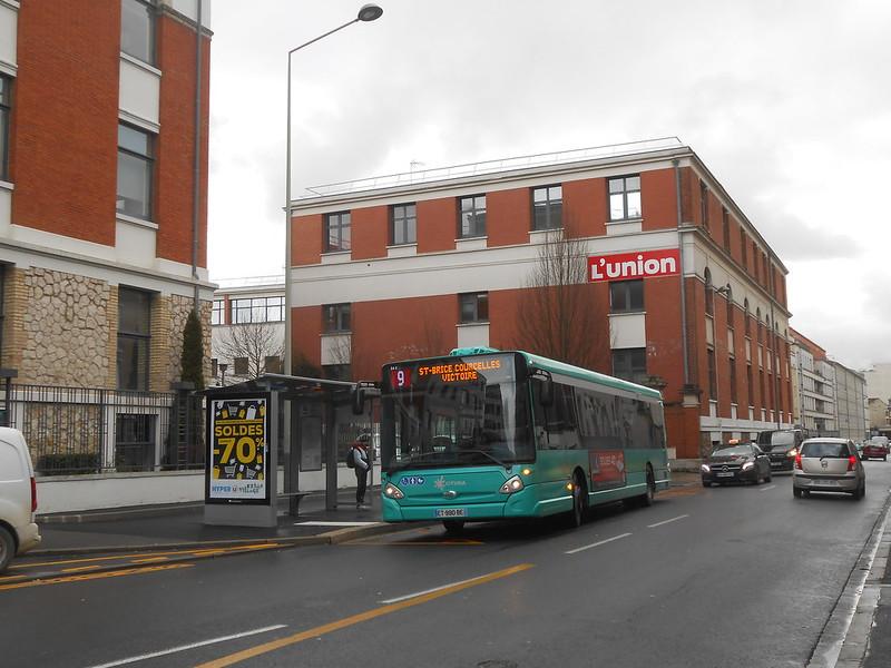 Reims bus 28223928759_c039f164cf_c