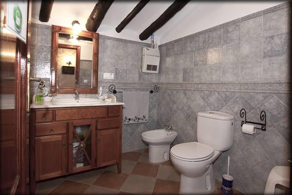 Cuarto de Baño Completo   Casas rurales en Beniatjar, Valenc ...