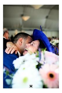 Uno de los momentos mágicos de una boda son los regalos a los padres, nos dan imágenes como esta. Más fotos en www.frankpalace.com #frankpalace #fotografodebodas #bodas #castellon