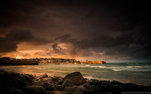 jetty coast boats harbour landscape sunset nature cornwall clouds stives storm longexposure lighthouse sea