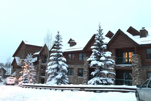 日, 2018-01-21 19:35 - Mountain Lodge