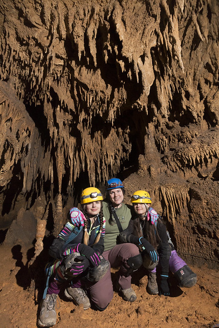 Leanne Lipps, Trinity and Madison Smith, Blue Spring Cave, White County, Tennessee