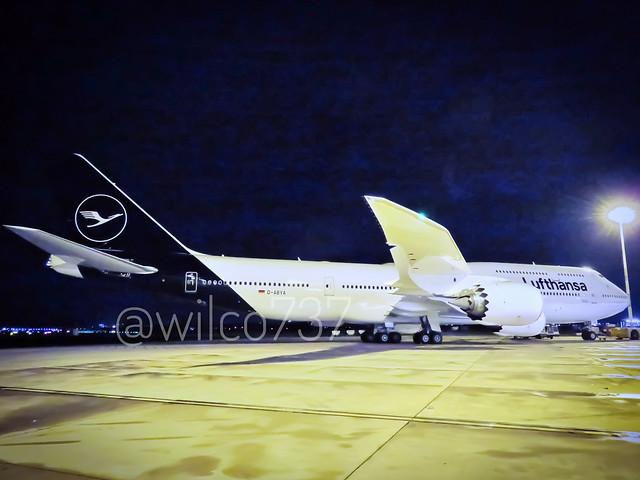 Lufthansa Boeing 747-8i new livery! (D-ABYA)