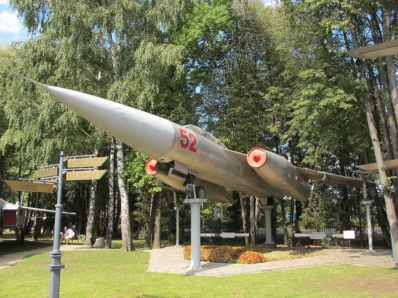Yakovlev Yak-28P 1