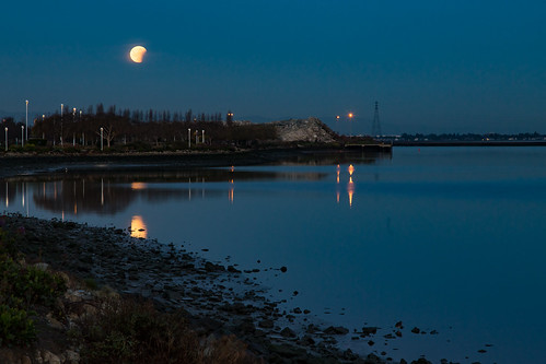 california harbor northamerica redwoodcity seaportblvd supermoon usa blue bluemoon eclipse moon moonset morning slough westpoint predawn 201801314b4a8078 san francisco bay hills explore explored