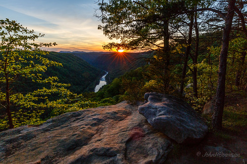 westvirginia fayettecounty newrivergorge beautymountain riversandstreams newriver sunsets greatskies starbursts may2015 may 2015 canon16354l clouds cloudsstormssunsetssunrises