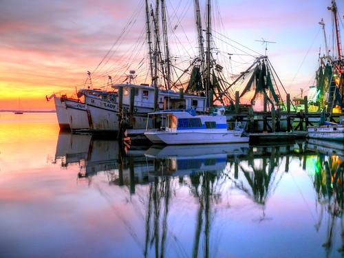 shrimpboats night nightshot dark fernandinabeach florida pier dock moored fisherman fishing boats water reflection