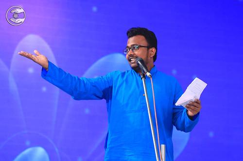 Marathi poem by Deepak Waghmare from Mulund