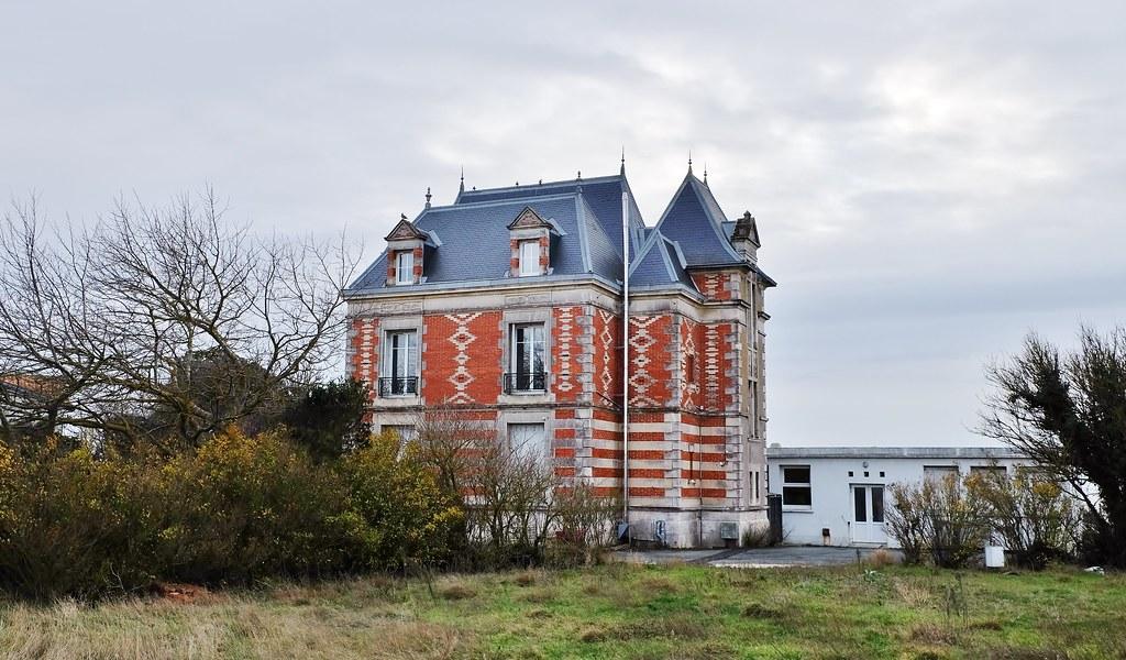 Saint Jean des Sables, Angoulins sur mer, colonie de vacances La Sapinière