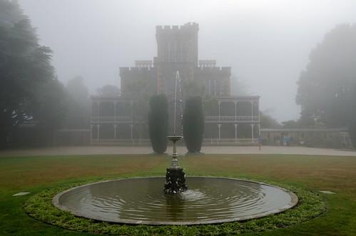 newzealand dunedin larnachcastle castle mist fountain