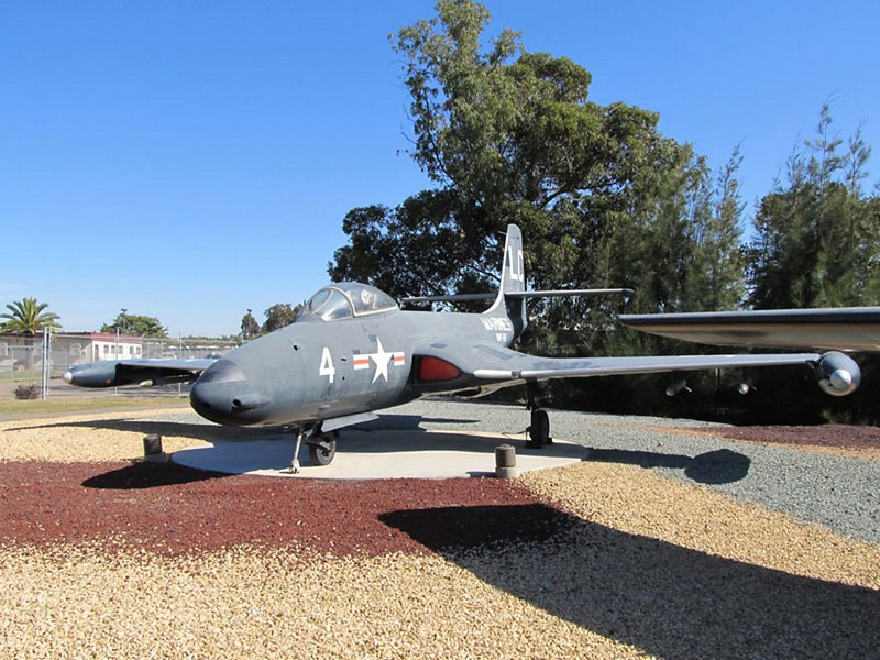 McDonnell F2H-2 Banshee 3