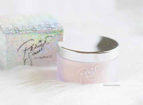 MAC PatrickStarrr Set Powder | by <Nikki P.>