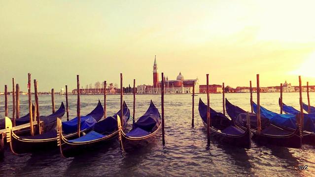 Nunca me canso de ver estos atardeceres en Venecia.