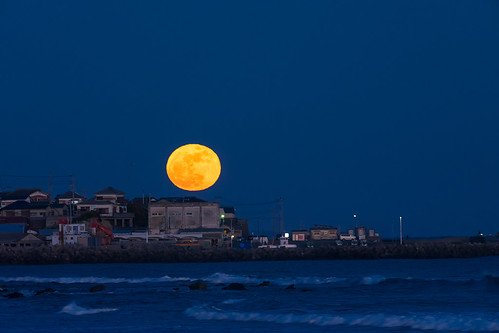 night moon light sea beach minamiboso chiba japan