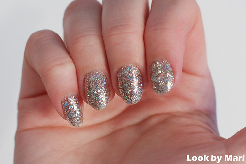7 glitter nails inspo ideas tutorial blog video youtube isadora blog | by lookbymari