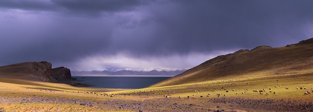 Heavenly lake Namtso, Tibet 2017