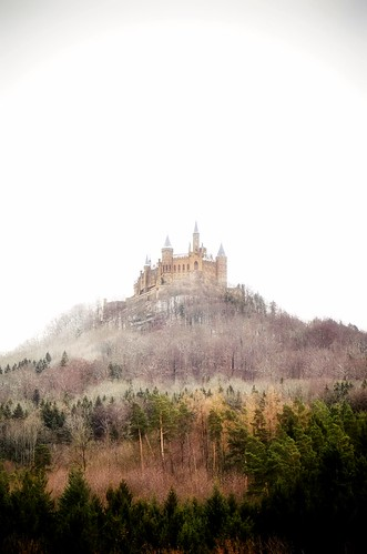 landscape view hill castle woods trees contrast light colors details fog foggy nature outdoors travel hohenzollern tübingen badenwürttemberg germany europe atraction explore building old architecture