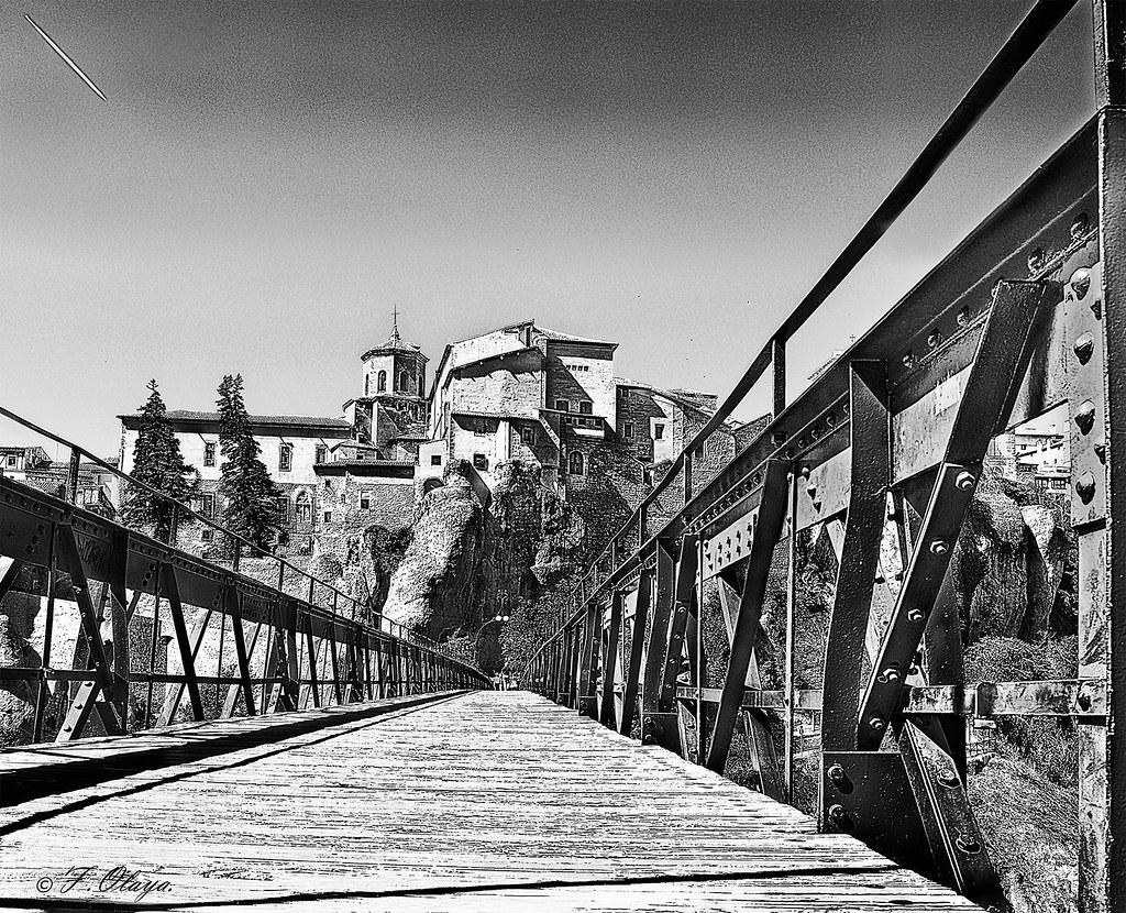 Puente de San Pablo. - Bridge of San Pablo.