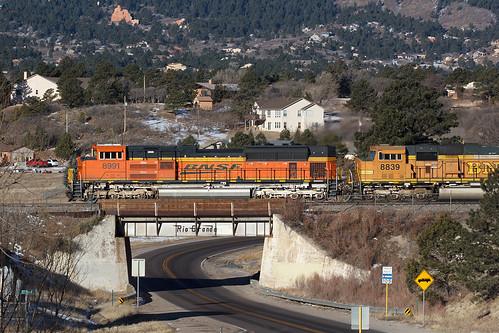 bnsf bnsf8991 emd sd70ace monument colorado jointline drgw denverriograndewestern train railroad