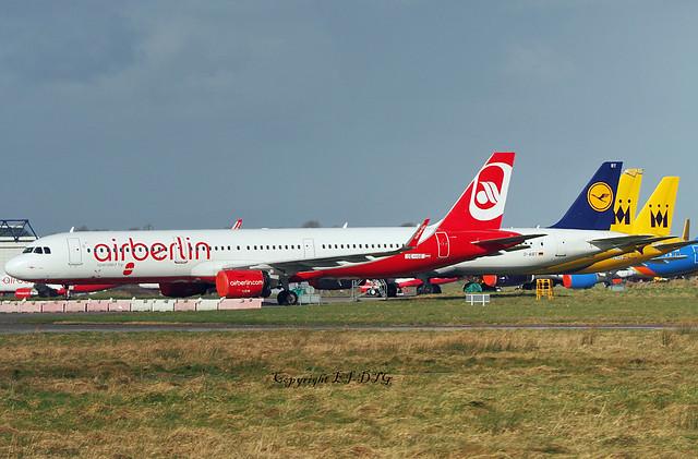 Airbus A321-211 OE-LGE Avolon Leasing