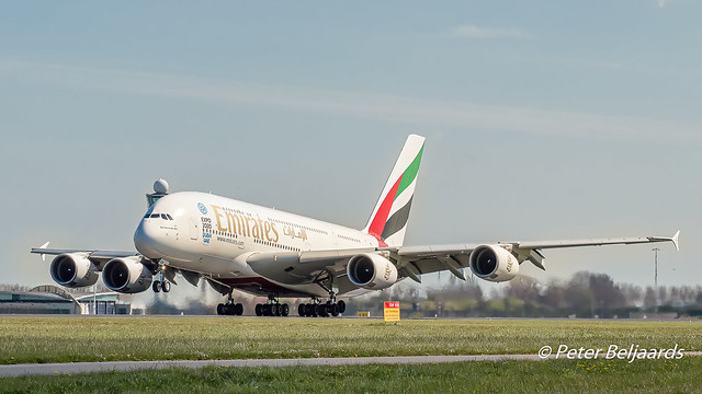 A6-EEW   Airbus A380-800 - Emirates