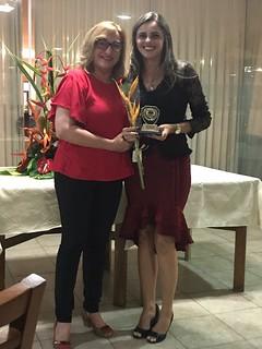 Representante - Alane Brito assessora Parlamentar  da  deputada Zenaide Maia ,recebe da assessora- Vilma Araújo   by Espaço Geek