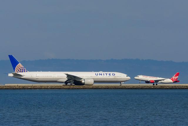 N2644U |  Boeing 777-322(ER) | United Airlines
