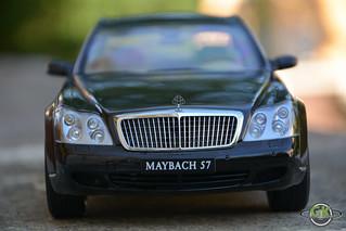 Maybach 57 1:18 AUTOart   by GK Modelcar Universe