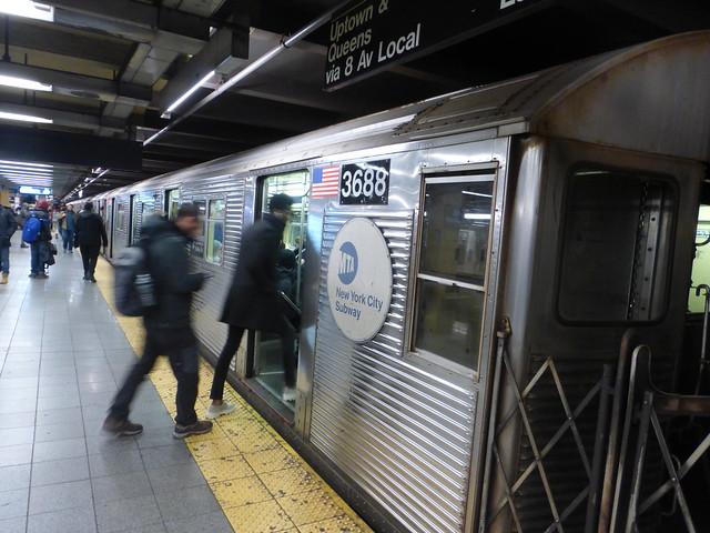NYCT R32 3688