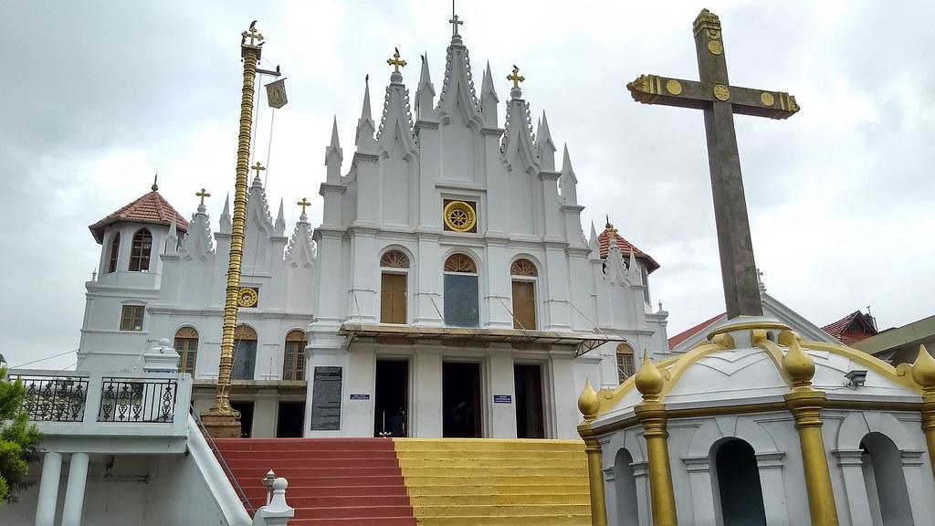 Puthuppally Church, Kerala