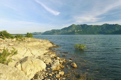 lake nature nationalpark bluesky montenegro crnagora skadarskojezero lakeskadar skadar vranjina lakeshkodra lakescutari lakeshkodër işkodra lakeskadarnationalpark nacionalniparkskadarskojezero