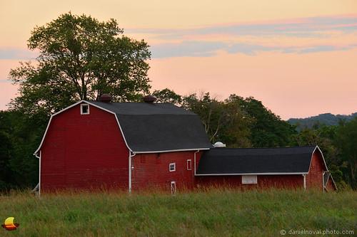 statepark red ny newyork colors barn rural outdoors buffalo dusk eastaurora 2015 july31 knoxfarm etbtsy