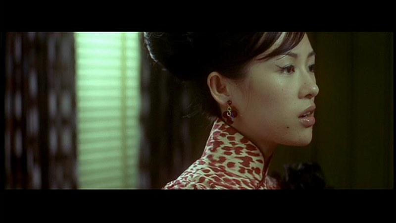 ウォン・カーウァイ監督「2046」の一場面。チャンツーイーがトニーレオンに怒っているところ。
