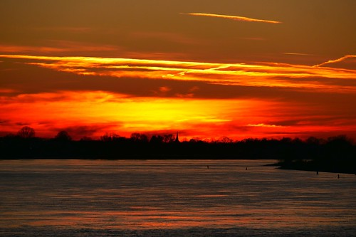 sunset elbe river fluss bäume day night clouds