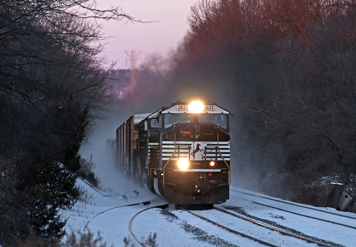 ns norfolksouthern 18g piscatawaynj csao lehighline snow train railfan railroad