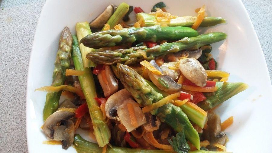ensalada de esparragos receta vegana