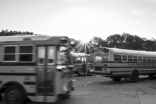 desmoines iowa desmoinespublicschools schoolbus bus school education sunrise blackandwhite monochrome leica leicax2